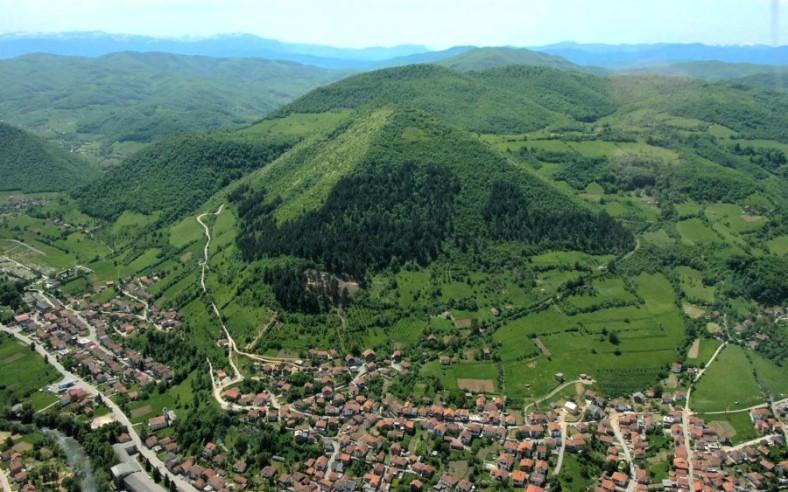 bosnia-pyramid-900x563